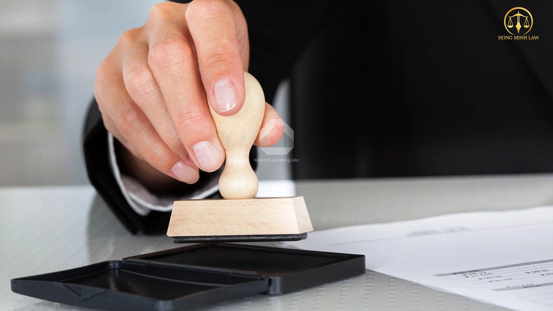 Yêu cầu hành nghề công chứng viên